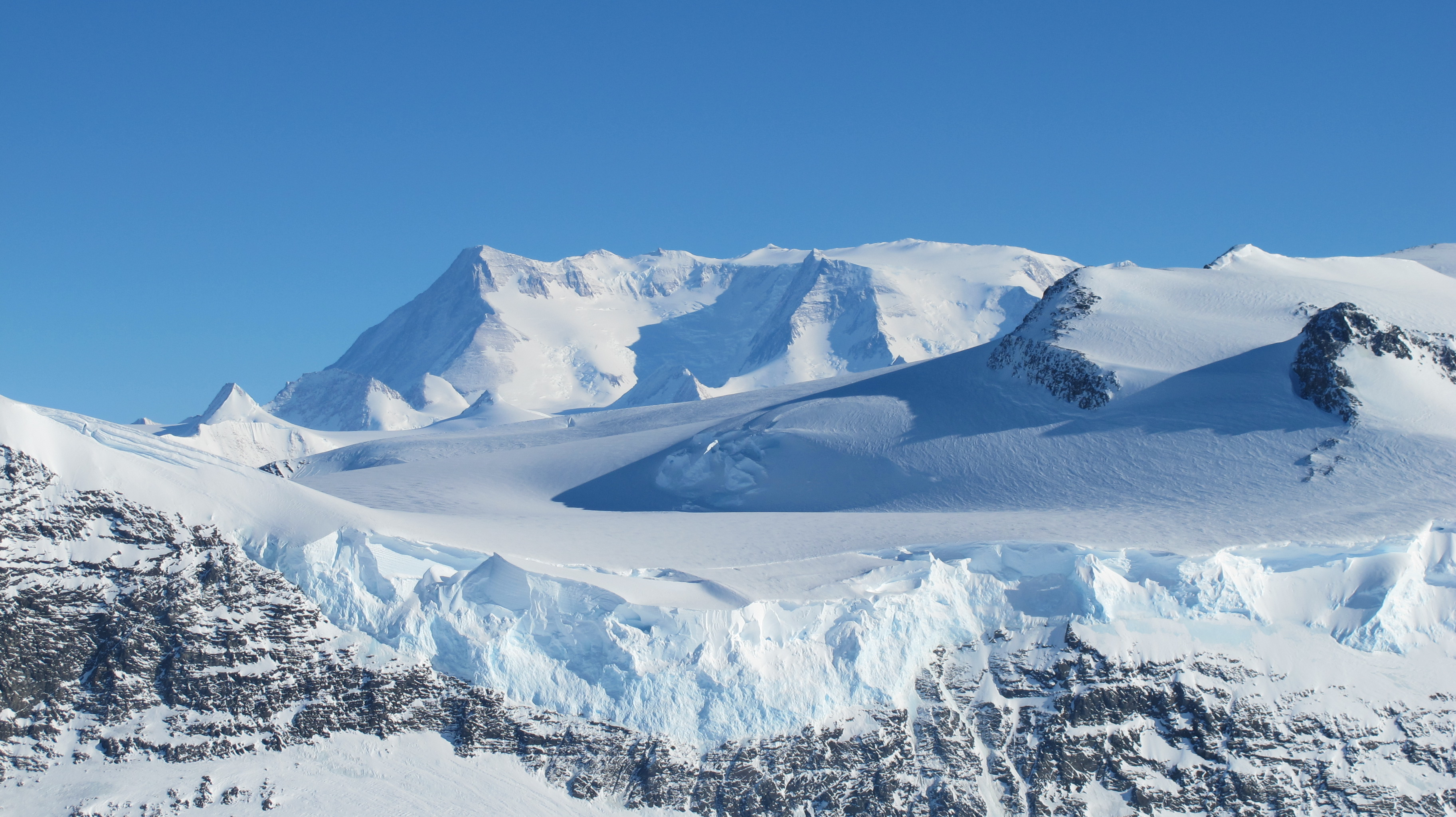 Ice on the Ellsworth Range in Antarctica as seen from the IceBridge DC-8 on Oct. 22, 2012. Credit: NASA / James Yungel